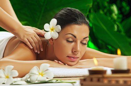 Klassische & ayurvedische Massagen